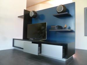 Meuble séparation TV en MDF et  aluminium